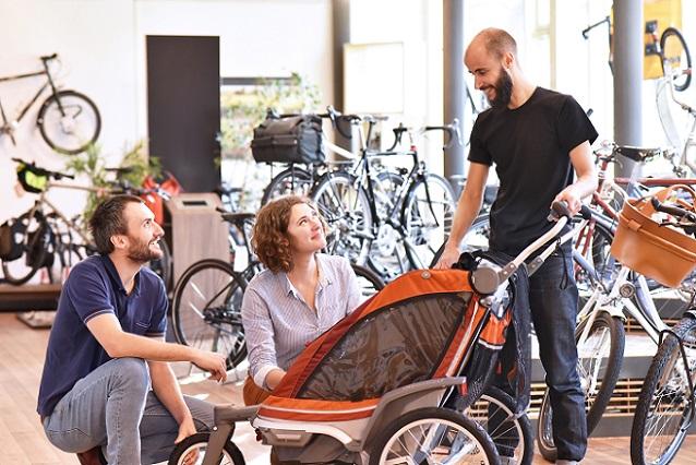 Als Stiftung Warentest Kinderwagen für Babys und Kinder genauer unter die Lupe genommen hat, kamen Ergebnisse zu Tage, die Eltern erschrecken. (#01)