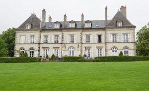 Das Château d'Ygrande ist ein herausragendes Hôtel en Auvergne. In seinen Zimmern atmet man französische Luft. Hier muss Gott selbst gelebt haben. (#8)