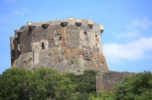 Das Château médiéval de Murol zeigt anschaulich das ländlich geprägte Leben in der Auvergne ds Mittelaters. (#3)