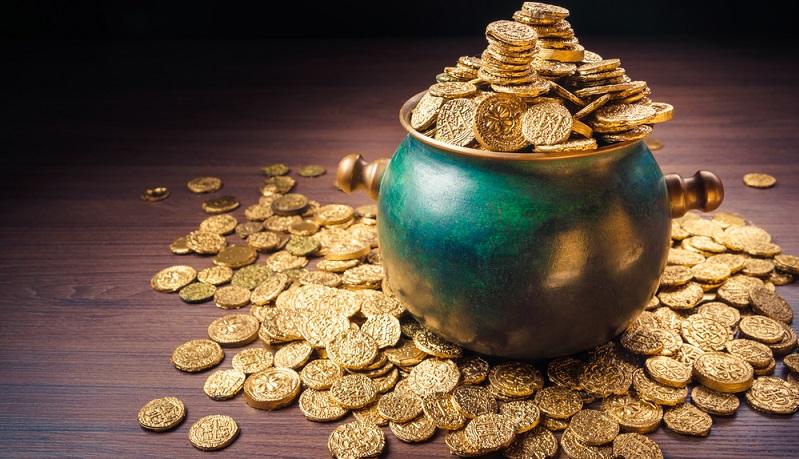 Gold ist zwar weniger langfristig als zum Beispiel ein Aktiendepot, doch es unterliegt keinen Kursschwankungen und daher droht auch nicht das Risiko des Verlusts. (#02)