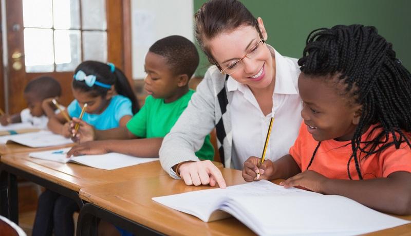 Die Lernaufgaben sind ein Teil der Pädagogik und in der Unterrichtspraxis besonders wichtig. Lehrer können über diesen Bereich intensiv mit den Schülern arbeiten.
