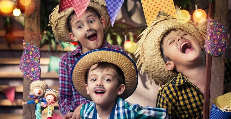 Viele Ideen für Games, die man zu Kindergeburtstagen veranstaltet, lassen sich in ähnlicher Form auch als Faschingsspiele verkaufen.